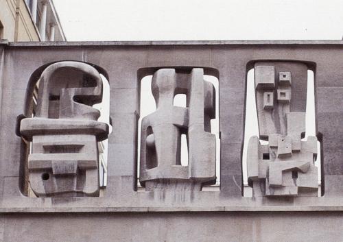Henry Moore. Vista parcial de Painel Time/Life. Londres, 1952/54.